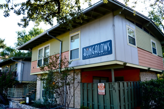 The bungalows at 40 acres west campus apartments campus - 4 bedroom apartments south austin tx ...