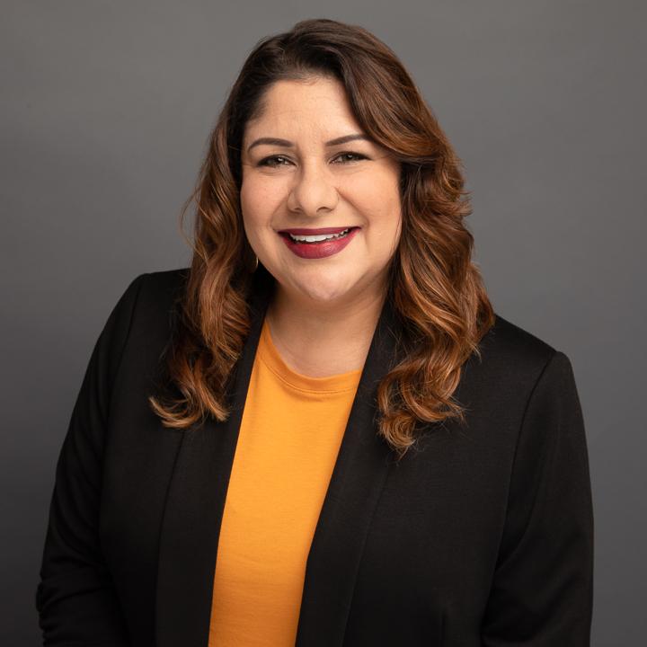 Julie Bustillos